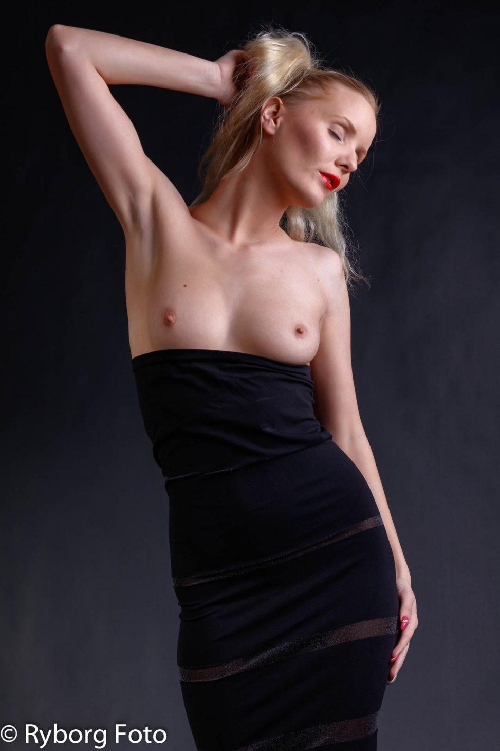 nicole brøggler topless black dress